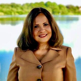 Dr. Lourdes J. Chahin